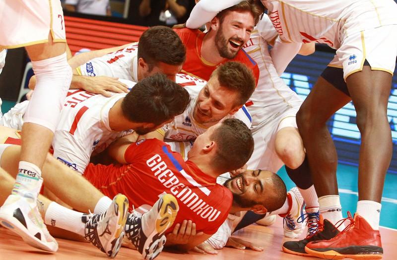 FranceplayerscelebrateastheyadvancetotheWorldLeaguefinal.jpg