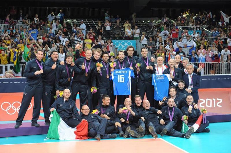 Italia-volley-podio-olimpico-2012.jpg