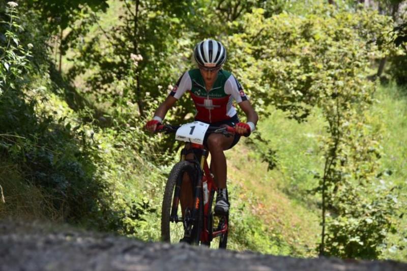 Jolanda-Neff-Mountain-Bike-Romeo-Deganello.jpg