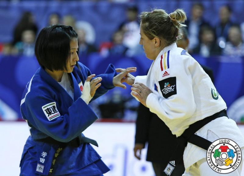 Judo-Corina-Caprioriu-Tsukasa-Yoshida.jpg