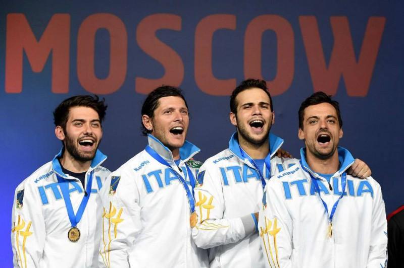 Sciabola-maschile-oro-mondiale-Montano-Curatoli-Occhiuzzi-berrè-scherma-foto-augusto-federscherma.jpg