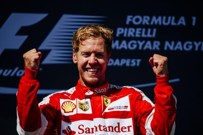 Vettel-FERRARI-COLOMBO.jpg