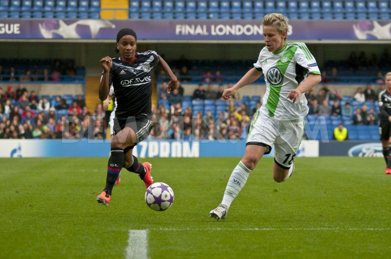 1369355369-vfl-wolfsburg-wins-uefa-womens-champions-league_2080995.jpg