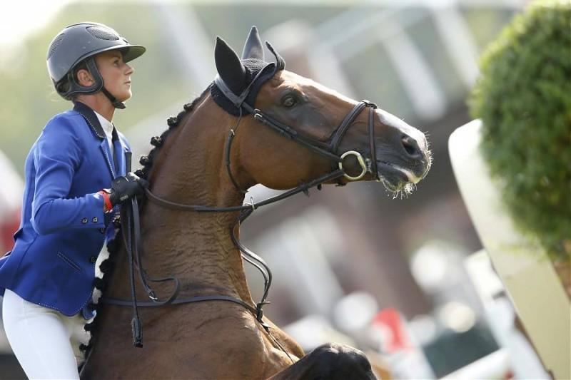 Equitazione-Pénélope-Leprevost-FB.jpg