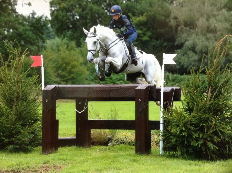 Equitazione-Vittoria-Panizzon-Borough-Pennyz.jpg