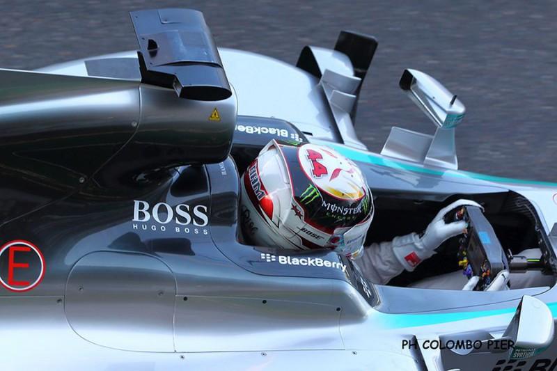 Hamilton-Mercedes-Pier-Colombo.jpg