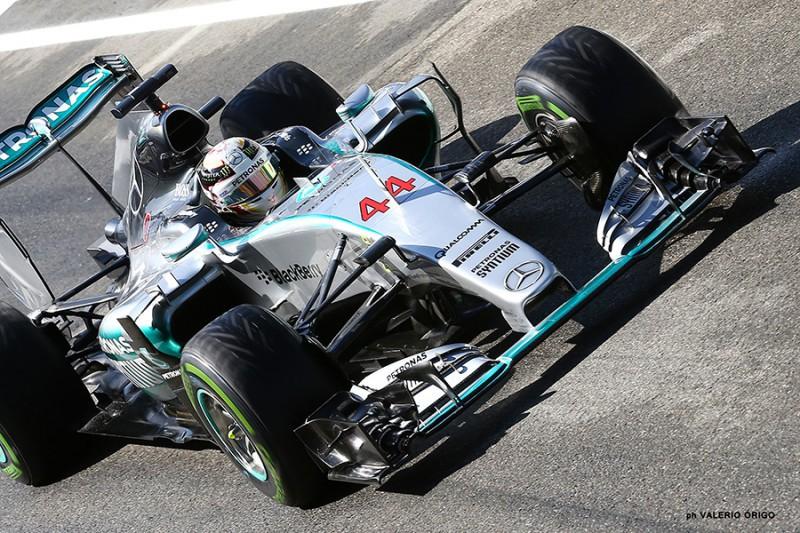 Hamilton-Mercedes-Valerio-Origo.jpg