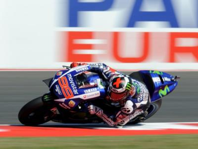 """Jorge Lorenzo: """"Chiedo scusa per il mio gesto sul podio. Voglio rimanere alla Yamaha"""""""