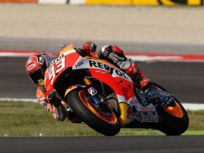 MotoGP, GP Valencia 2015: Marquez una scheggia nelle prime prove libere. 2° Lorenzo, 5° Rossi