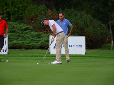 Golf, Abu Dhabi Championship: un amateur statunitense sorprende tutti, bene Paratore