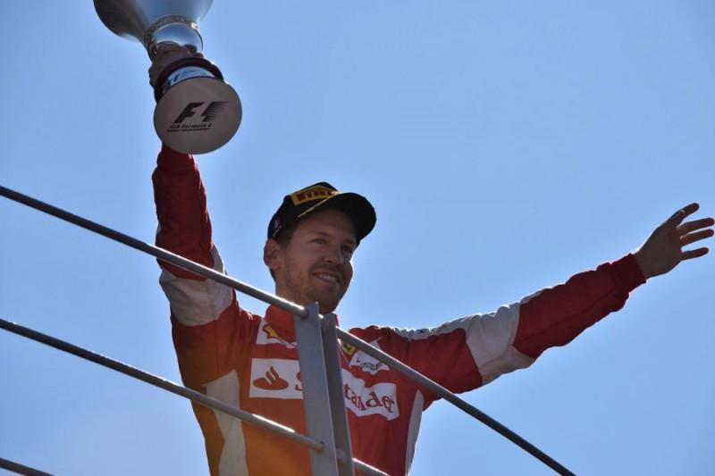 Vettel-Ferrari-FOTOCATTAGNI.jpg