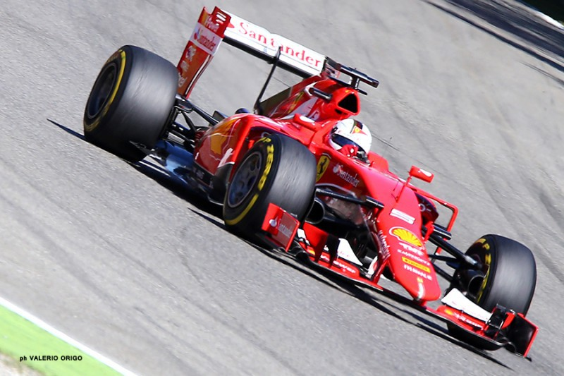 Vettel-Ferrari-Valerio-Origo.jpg