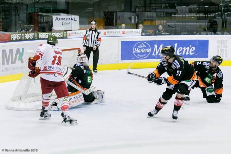 Hockey-club-bolzano-vause-hockey-su-ghiaccio-foto-vanna-antonello-fb-hcb-fans.jpg
