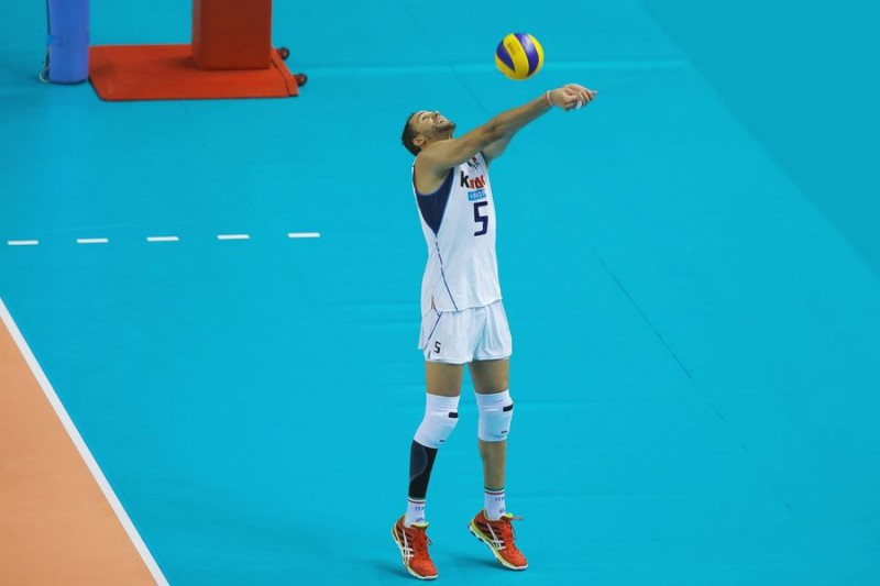 Juantorena-Volley-Renzo-Brico.jpg