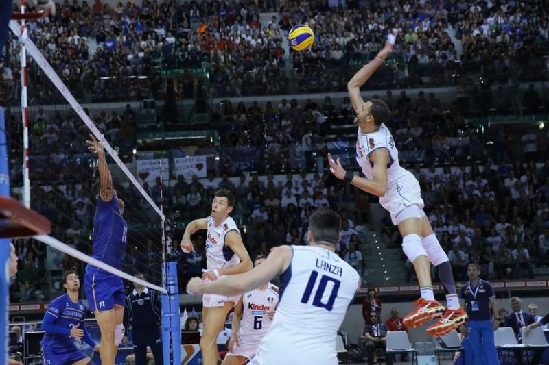 Juantorena-Volley-Renzo-Brico1.jpg