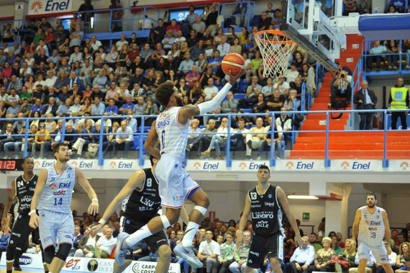 basket-adrian-banks-enel-brindisi-fb-enel-basket-brindisi.jpg