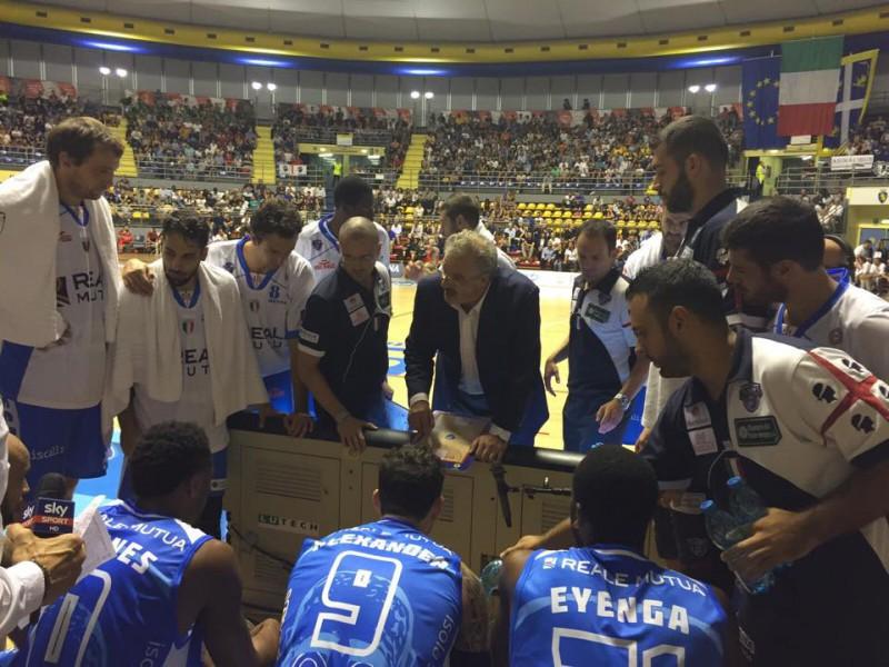 basket-dinamo-sassari-supercoppa-fb-dinamo-sassari-official.jpg