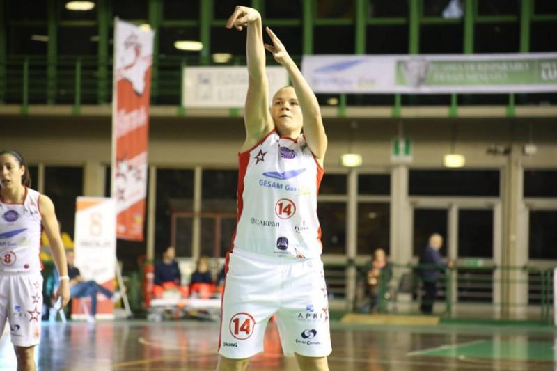 basket-femminile-martina-crippa-lucca-fb-le-mura-lucca-e1448987349712.jpg