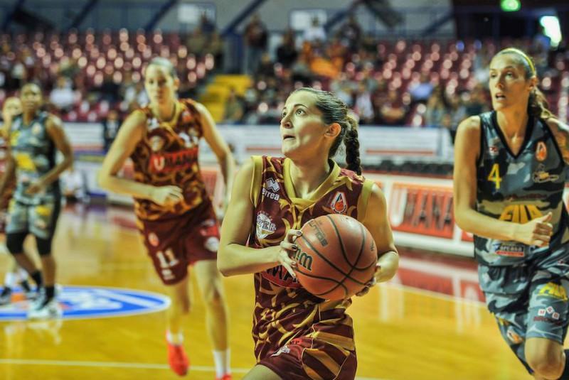 basket-femminile-umana-venezia-fb-reyer-venezia.jpg