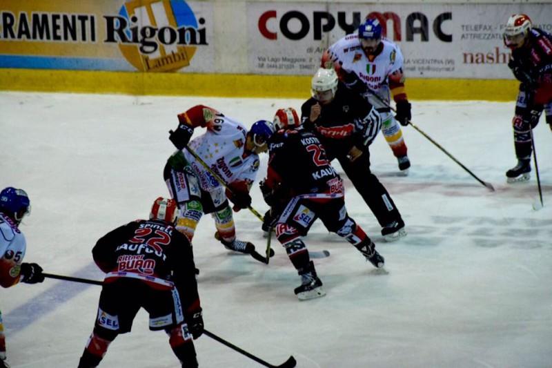 Asiago-Renon-2-hockey-su-ghiaccio-foto-romeo-deganello.jpg