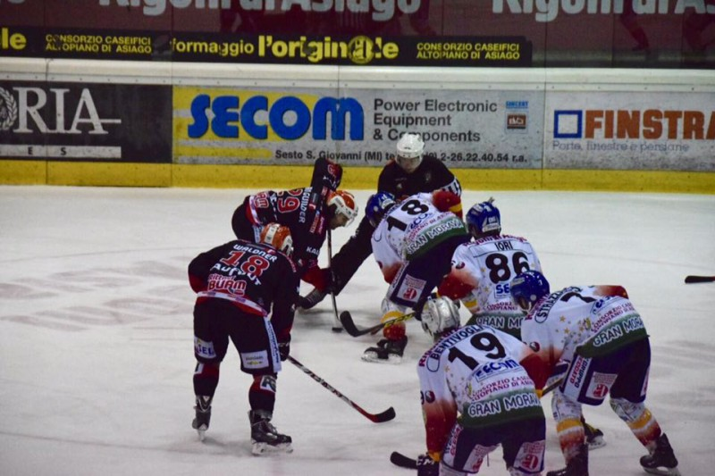 Asiago-Renon-9-hockey-su-ghiaccio-foto-romeo-deganello.jpg