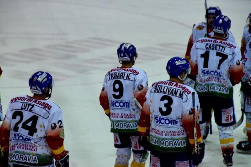 Asiago-hockey-su-ghiaccio-foto-romeo-deganello.jpg