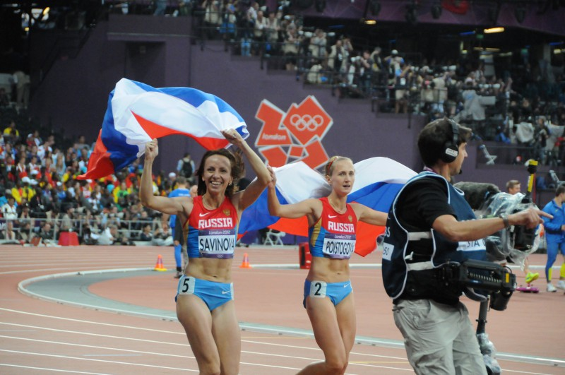 Atletica-Mariya-Savinova-Ekaterina-Poistogova-e1486739629468.jpg