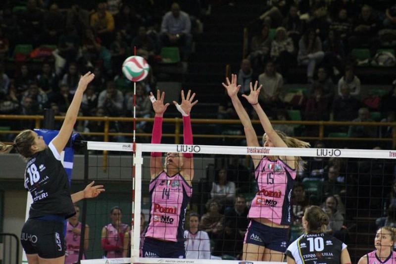 Casalmaggiore-volley-femminile-Roberto-Muliere.jpg