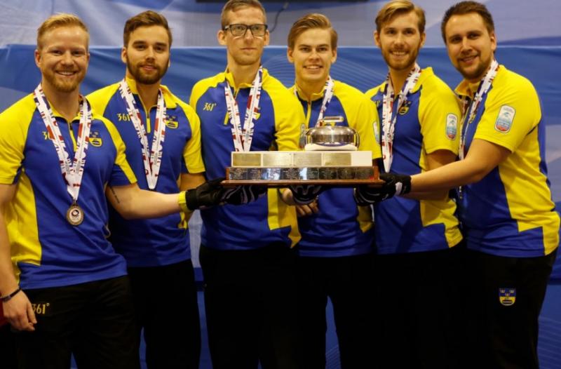 Curling-Svezia-Niklas-Edin-WCF.png