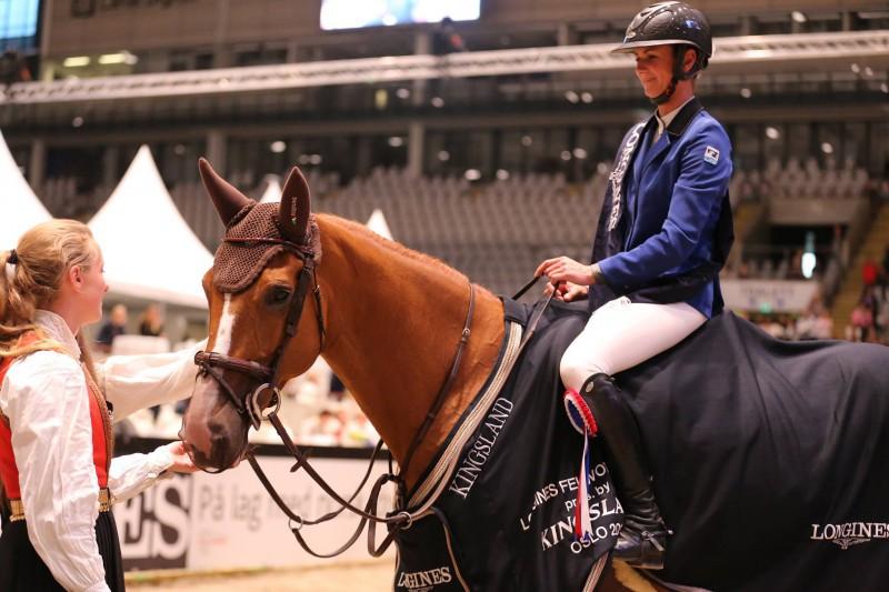 Equitazione-Penelope-Leprevost-FB.jpg