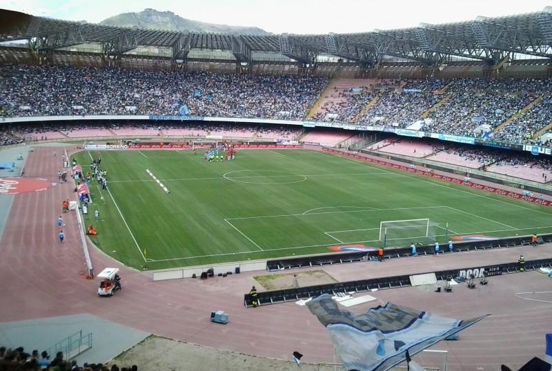 San-Paolo-Napoli-calcio-foto-wikipedia.jpg