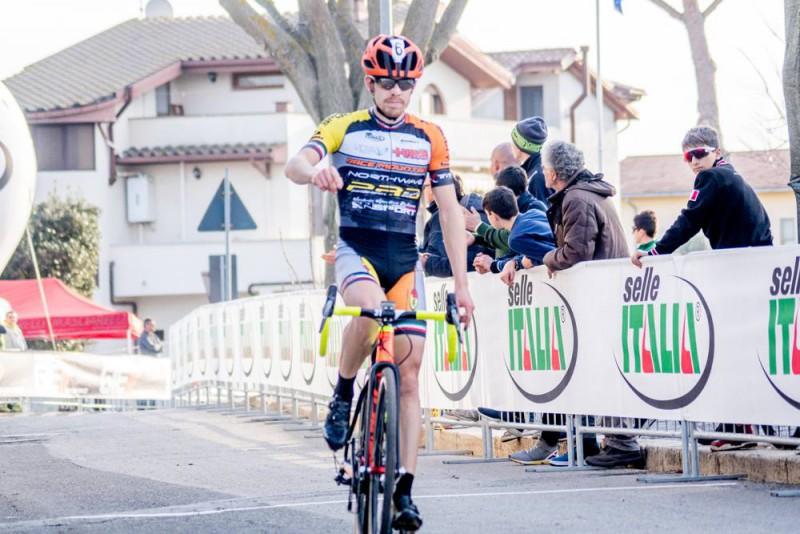 Cristian-Cominelli-FB-Giro-Cross.jpg