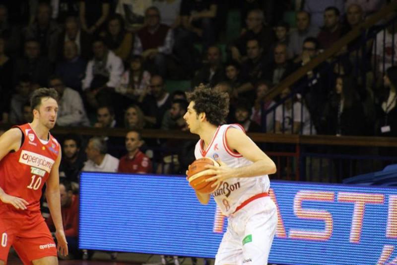 Della-Valle-Reggio-Emilia-Basket-Roberto-Muliere.jpg