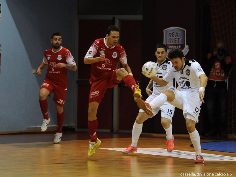 Real-Rieti-Carlisport-Cogianco-Winter-Cup-calcio-a-5-foto-fb-divisione-calcio-a-5.jpg