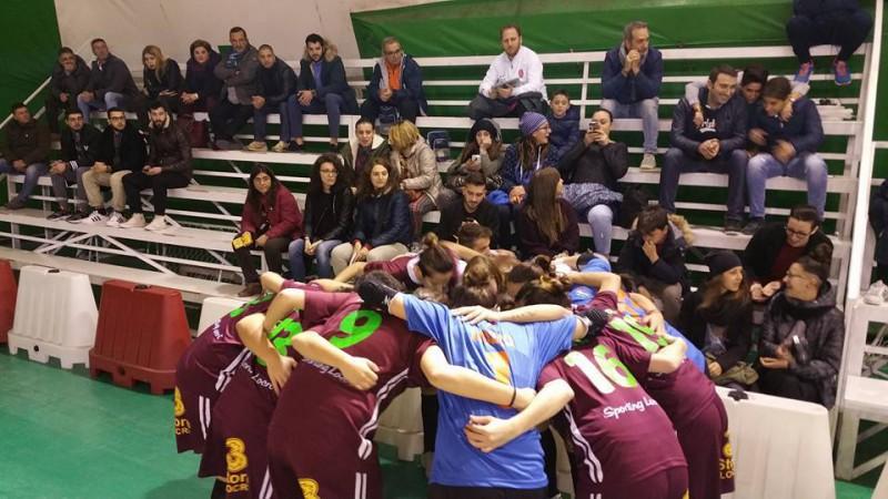 Sporting-Locri-calcio-a-5-femminile-foto-facebook.jpg