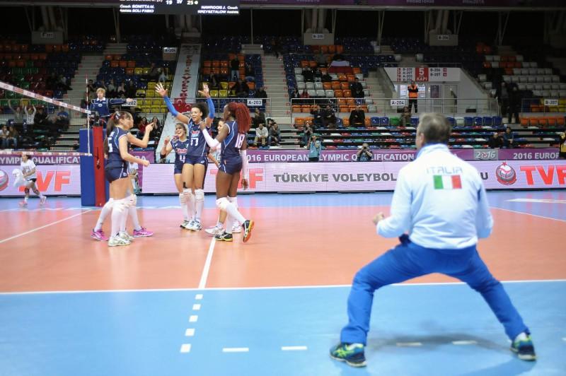 Italia-volley-esultanza.jpg