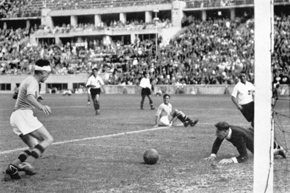 Nazionale-Italiana-Calcio-1936-Libera.jpg
