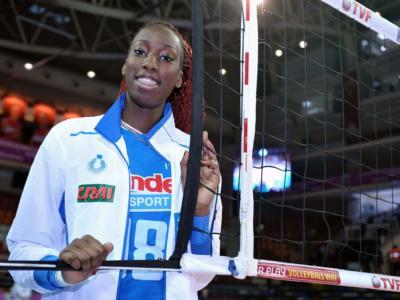 Volley femminile, Serie A1 – Paola Egonu spostata di banda? Torna l'opposto Piani. Soluzione per l'Italia?