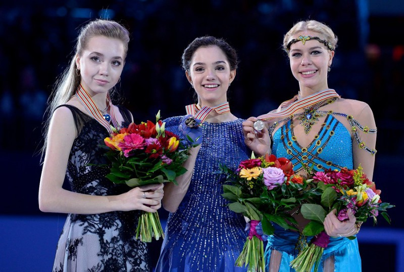 Pattinaggio-Evgenia-Medvedeva-ISU-Figure-Skating.jpg