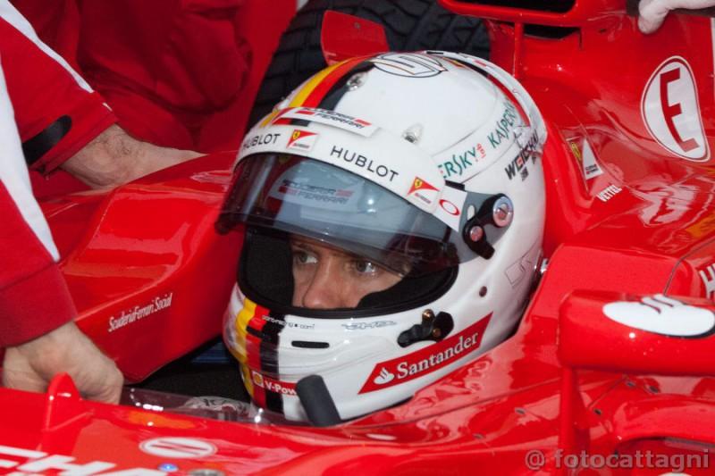 Vettel-Ferrari-2-Foto-Cattagni.jpg