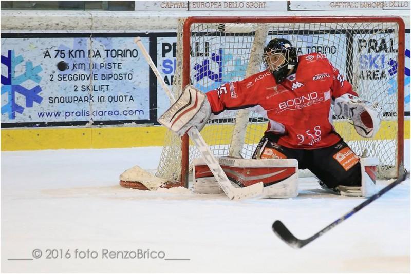 Conway-Valpellice-2016-hockey-su-ghiaccio-foto-Renzo-Brico.jpg