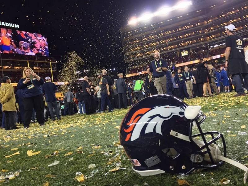 Denver-Broncos-FB.jpg