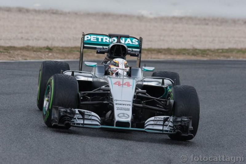 Hamilton-Mercedes-4-Foto-Cattagni.jpg