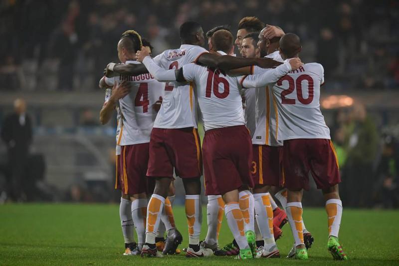 Roma-Calcio-foto-pagina-fb-as-roma.jpg