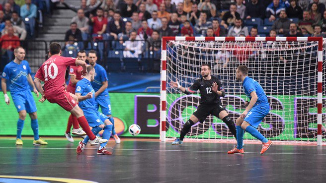 Serbia_Uefa_Futsal_Calcioa-cinque_Twttier.jpg