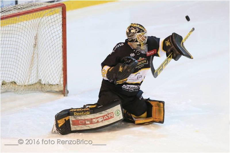 Weiman-Val-Pusteria-2016-hockey-su-ghiaccio-foto-Renzo-Brico.jpg