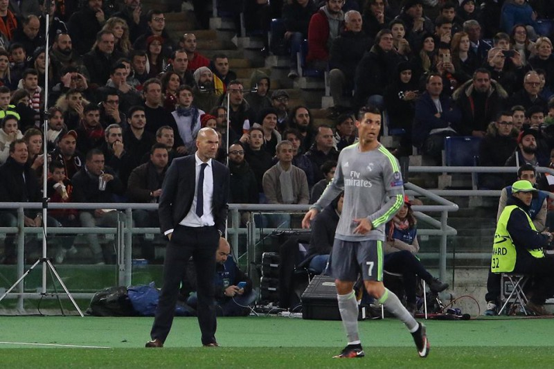 Zidane-Cristiano-Ronaldo-Real-Madrid-calcio-foto-gianfranco-Carozza.jpg