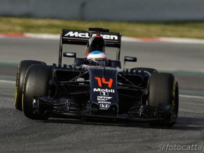 F1, Fernando Alonso fermato dai medici: non sarà al via del GP del Bahrain