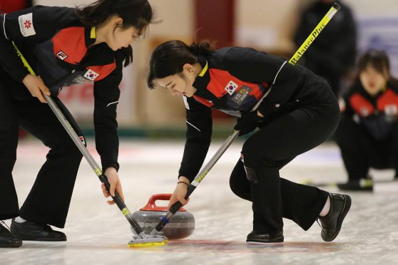 Curling-Corea-del-Sud-Junior-WCF.jpg