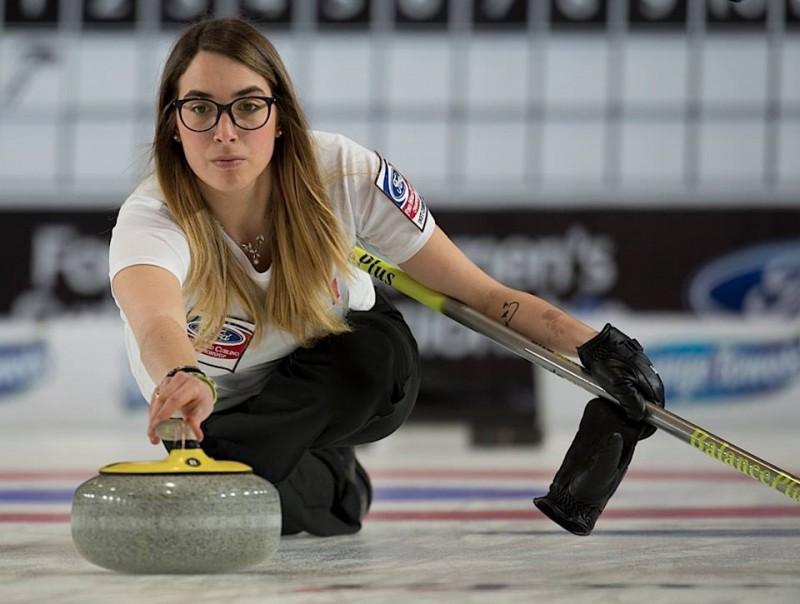 Curling-Federica-Apollonio-WCF.jpg